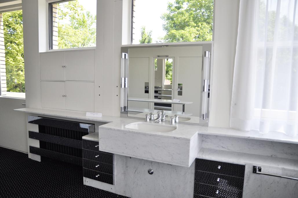 J 39 ai visit la villa cavrois - Salle de bain villa savoye ...