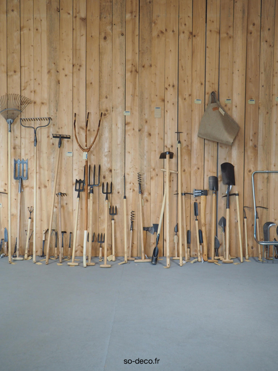 outils-jardin-bois