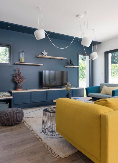 mur-bleu-television